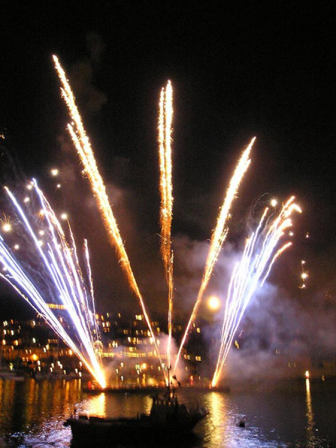Fireworks on Plymouth Hoe